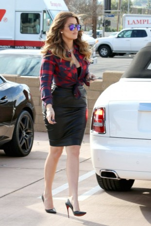 7-Khloe-Kardashians-Fusion-Luxury-Motors-Red-and-Blue-Check-Shirt-and-Leather-Pencil-Skirt-666x1000